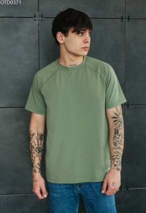 Футболка Staff green reglan basic