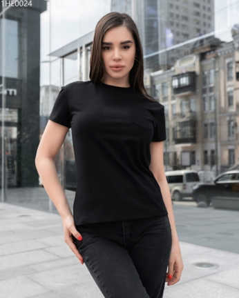 Жіноча футболка Staff black pocket